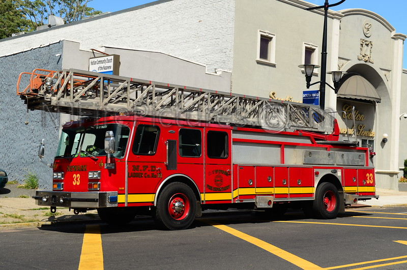 NEWARK, NJ RESERVE LADDER 33