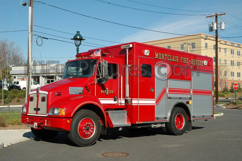 Montclair - Rescue 1 - 2004 Kenworth/Pierce