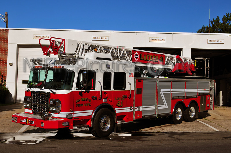 IRVINGTON, NJ LADDER 41 - 2011 SPARTAN/CRIMSON 103' REAR MOUNT