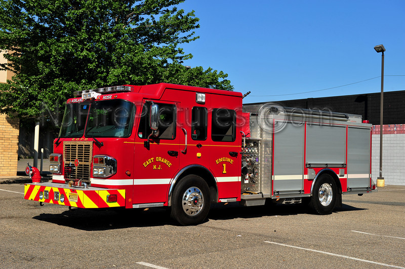 EAST ORANGE, NJ ENGINE 1 - 2011 SPARTAN/CRIMSON 1500/500