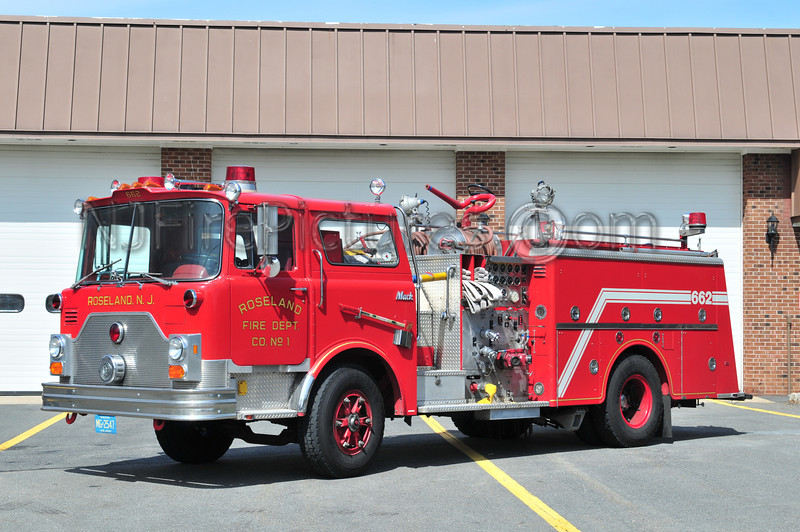 ROSELAND, NJ ENGINE 662 - 1984 MACK CF 1250/750