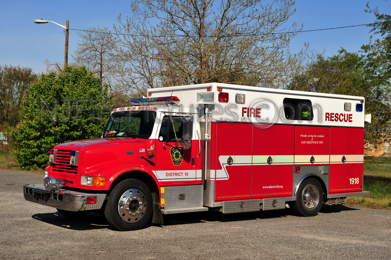 EAST GREENWICH TWP RESCUE 1918 - 1993 INTERNATIONAL 4700/EVI
