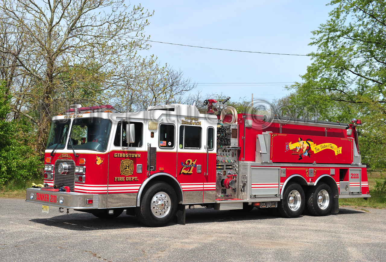 GREENWICH TWP (GIBBSTOWN FIRE CO.) TANKER 2111 - 1997 KME 1500/3000