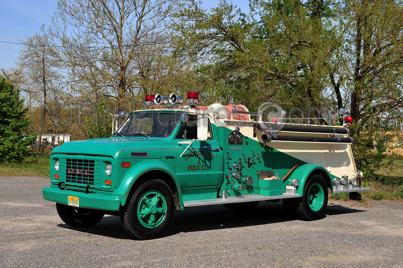 WEST DEPTFORD TWP (THOROFARE F.C.) ENGINE 613 - 1970 GMC C60/BOARDMAN 750/750