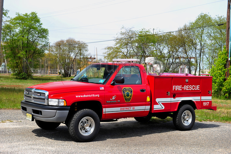 EAST GREENWICH TWP UTILITY 1917 - 1996 DODGE 2500/STAHL