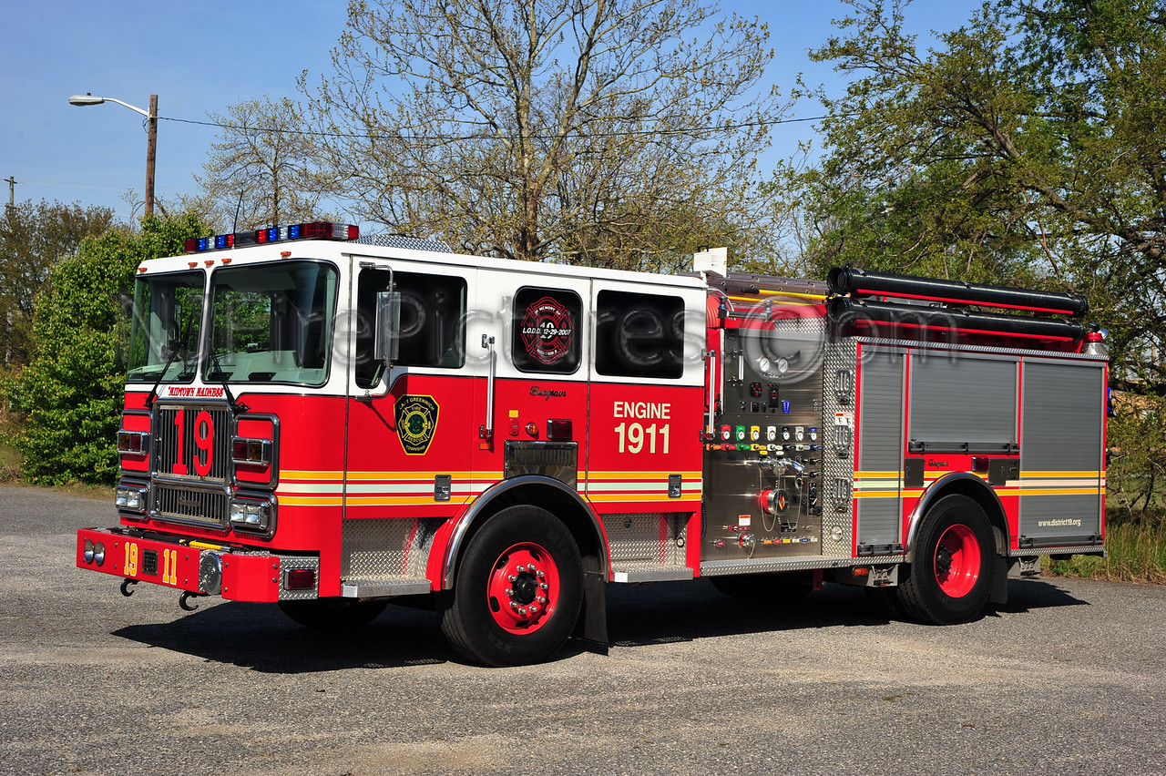 EAST GREENWICH ENGINE 1911 - 2008 SEAGRAVE ATTACKER 1500/750