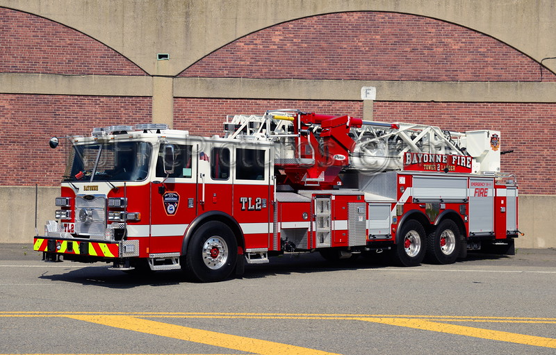 BAYONNE, NJ TOWER LADDER 2