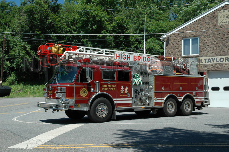 HIGH BRIDGE, NJ LADDER 14-69