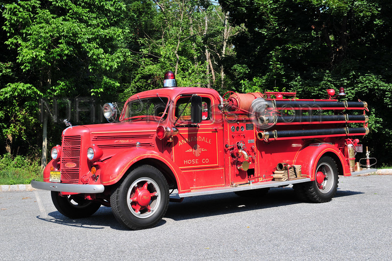 CLINTON TOWNSHIP, NJ ANTIQUE PUMPER