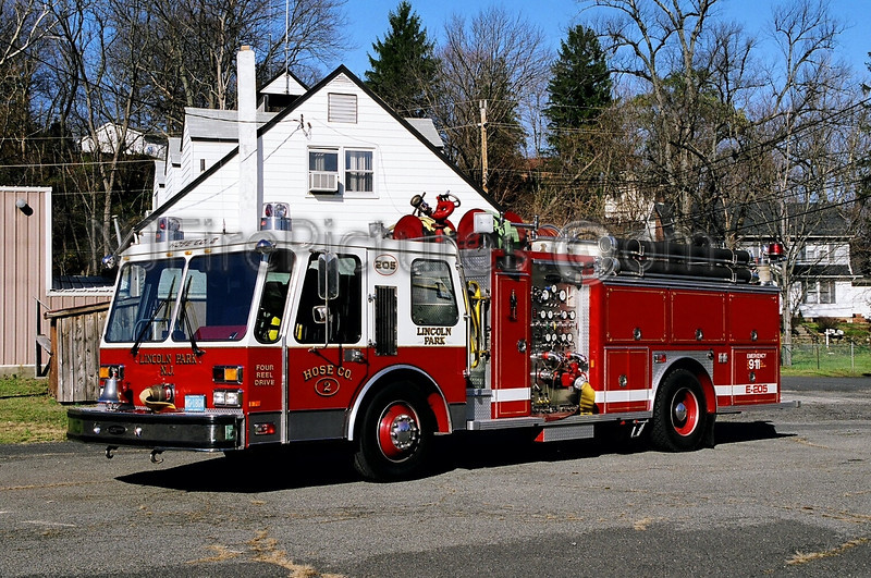 LINCOLN PARK - ENGINE 205 - 1986 E-ONE 1500/750