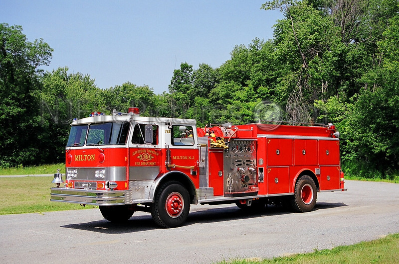 JEFFERSON - ENGINE 722 - 1982 HAHN 1500/1250