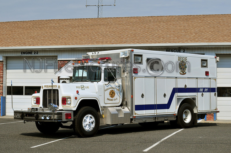 Pequannock Rescue 2 - 1988 Mack R/E-ONE