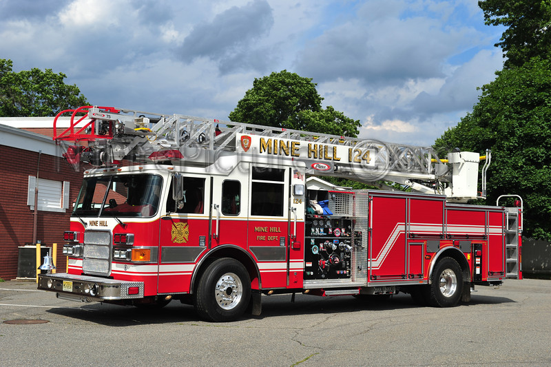 MINE HILL, NJ LADDER 124