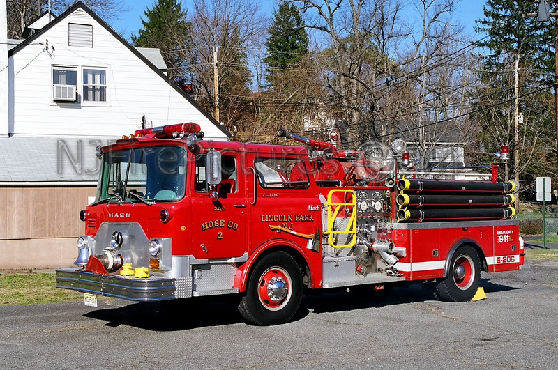 LINCOLN PARK - ENGINE 206 - 1969 MACK CF 1000/500