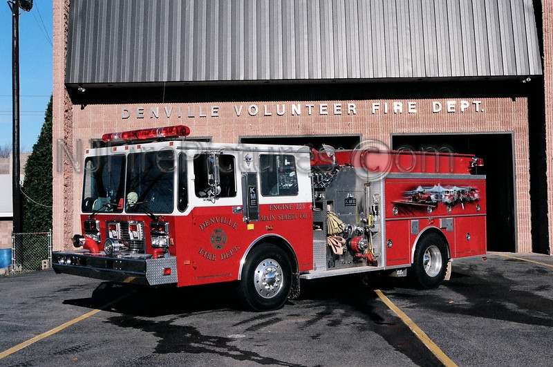 DENVILLE - ENGINE 223 - 1991 KME 2000/750/50
