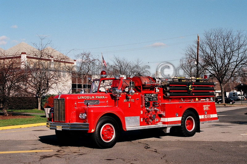 LINCOLN PARK - ENGINE 103 - 1967 MAXIM 750/500