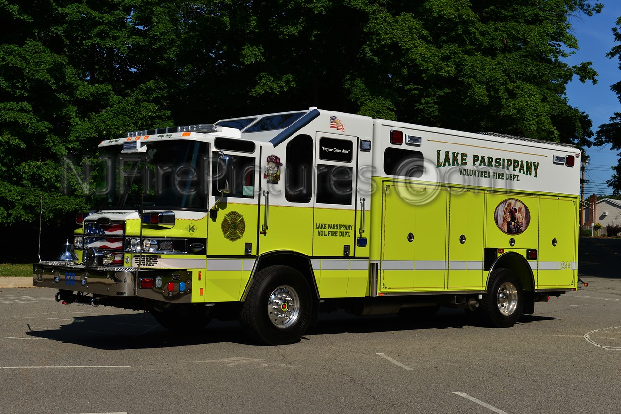 LAKE PARSIPPANY, NJ RESCUE 633