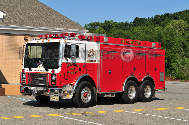 BUDD LAKE, NJ TANKER 57