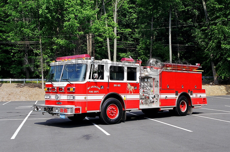 MOUNT ARLINGTON - ENGINE 26-85 - 1995 PIERCE ARROW/1969 MACK CF 1000/750