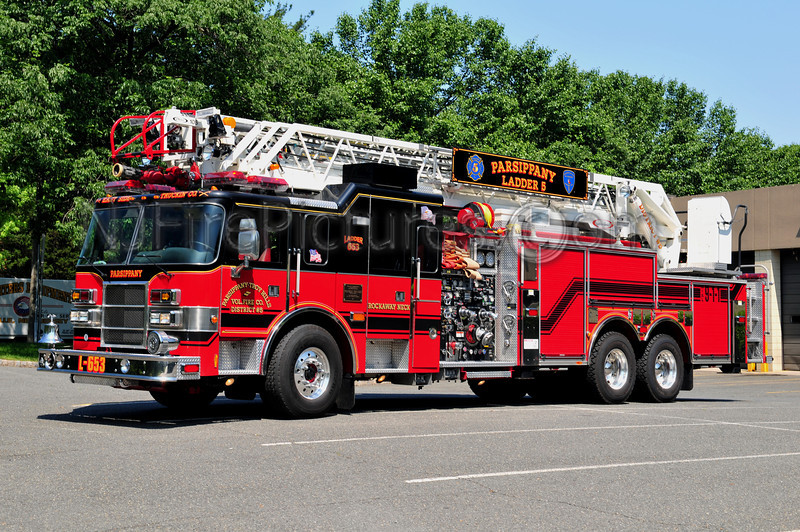 PARISPPANY, NJ LADDER 653