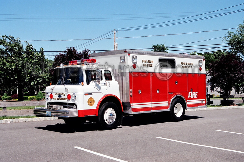 PINE BROOK - RESCUE 378 - 1986/1978 FORD C8000/SAULISBURY