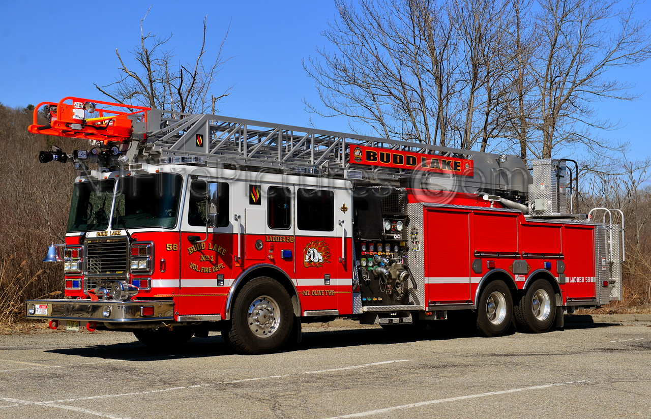 BUDD LAKE NJ LADDER 58