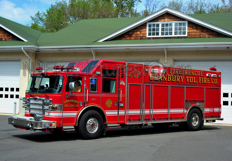 CRANBURY, NJ RESCUE-ENGINE 48-1