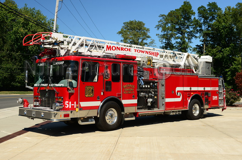 MONROE TWP, NJ LADDER 51-1