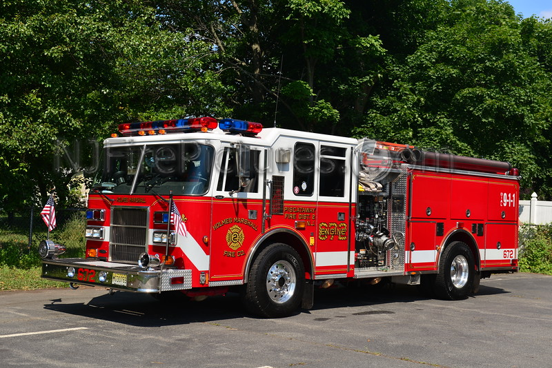PISCATAWAY, NJ ENGINE 672 HOLMES MARHSALL FIRE CO.