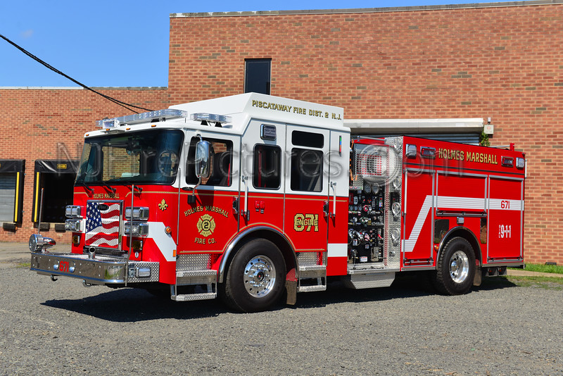 PISCATAWAY, NJ ENGINE 671 HOLMES MARSHALL FIRE CO.