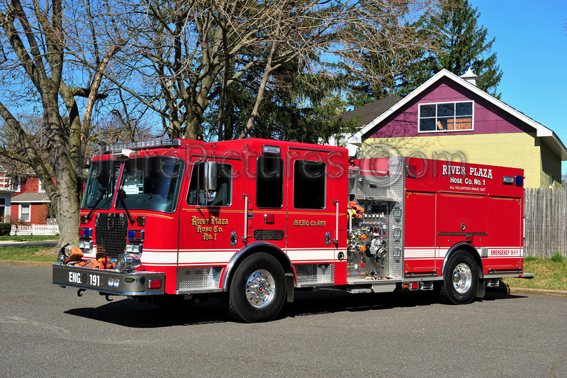 MIDDLETOWN, NJ ENGINE 191 - 2011 KME PREDATOR 2000/750 RIVER PLAZA FIRE CO.