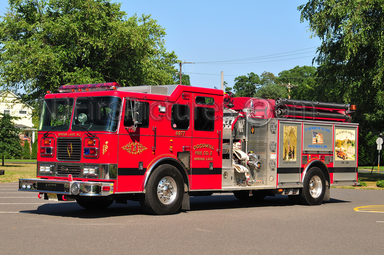 SPRING LAKE, NJ ENGINE 48-77 - 2002 SEAGRAVE 1500/750/20
