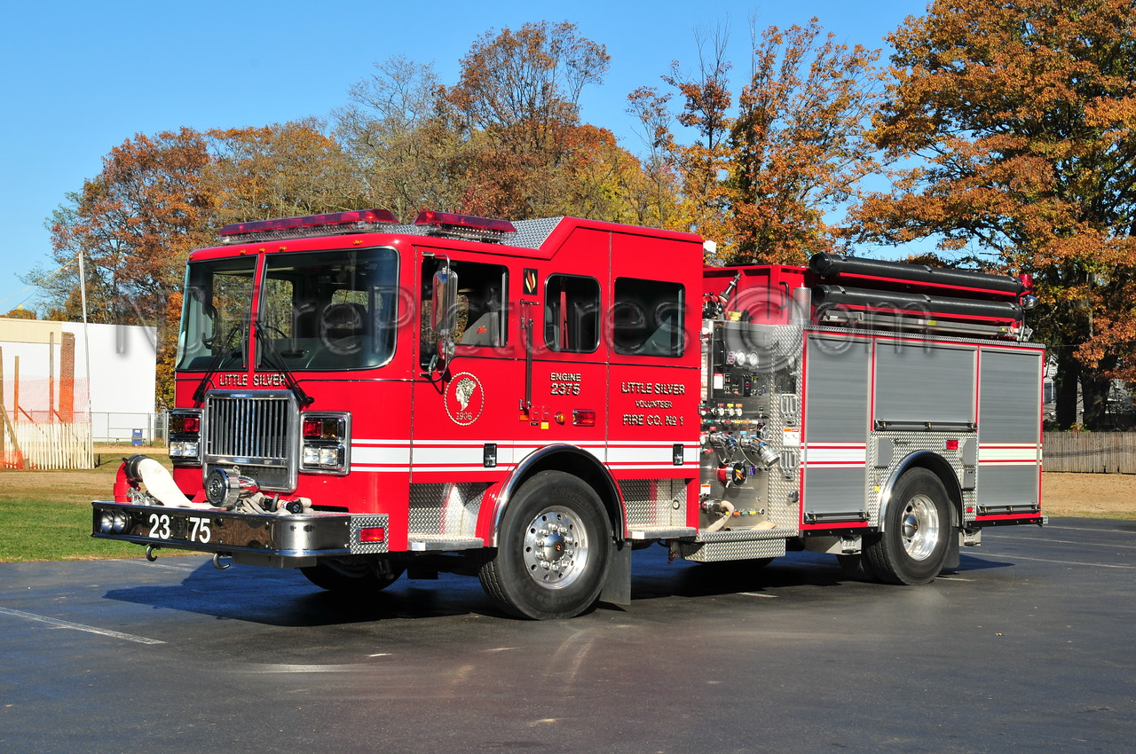 LITTLE SILVER ENGINE 23-75 - 2004 SEAGRAVE ATTACKER 1500/750