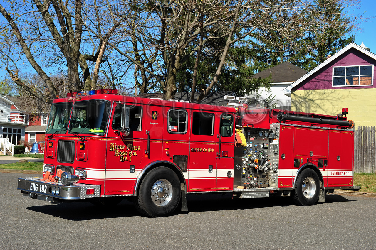 MIDDLETOWN, NJ ENGINE 192 - 1999 SEAGRAVE 2000/750 RIVER PLAZA FIRE CO.