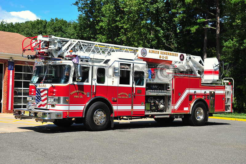 MANALAPAN TWP (GORDONS CORNER) LADDER 26-1-91 - 2003 PIERCE LANCE 2000/500/75'