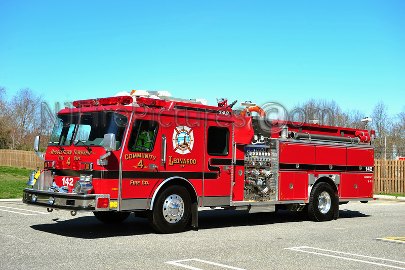 MIDDLETOWN, NJ ENGINE 142 - 1991 EMERGENCY ONE HUSH 1500/750 COMMUNITY FIRE CO.