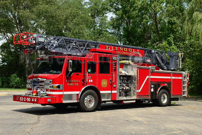 WALL TWP, NJ GLENDOLA FIRE CO. LADDER 52-2-90