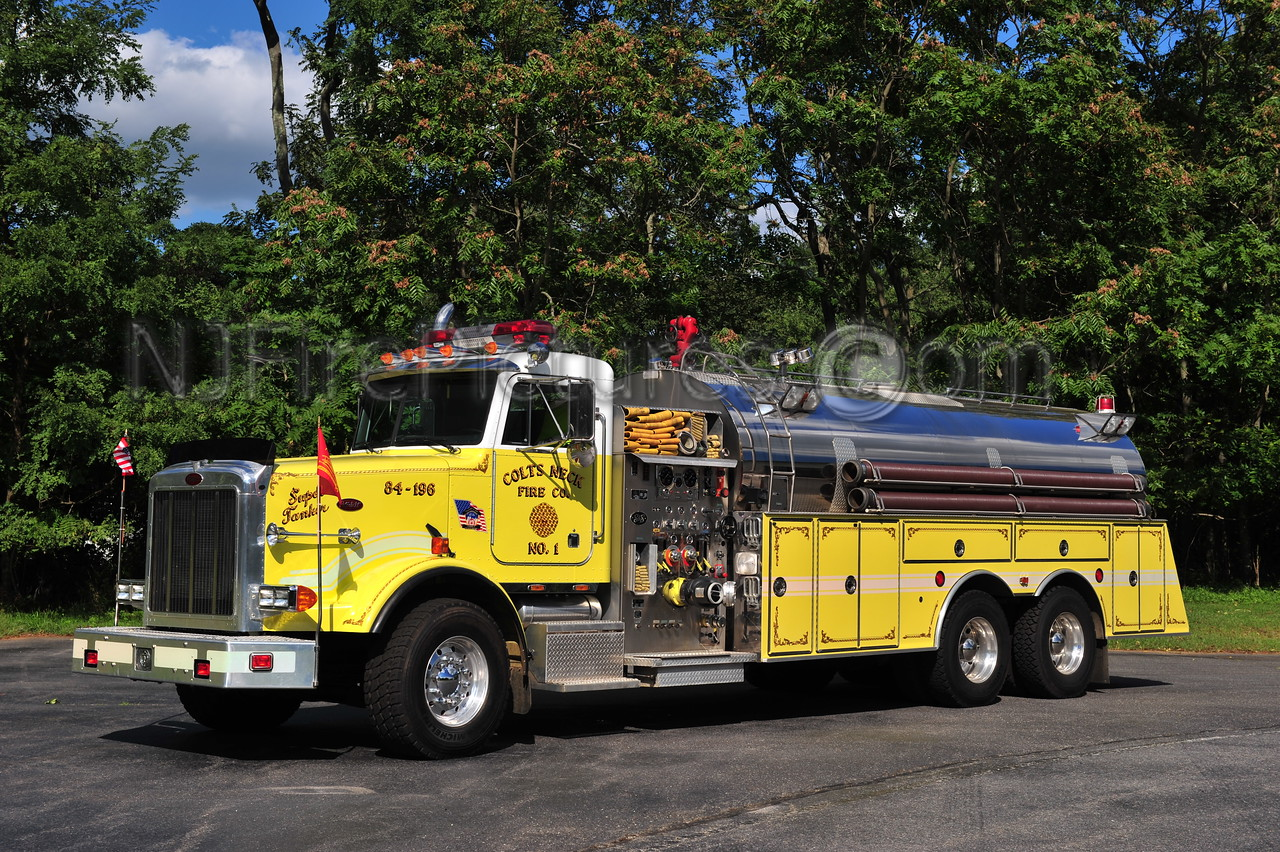 COLTS NECK TANKER 84-196 - 1992 PETERBUILT/S&S 1500/4000