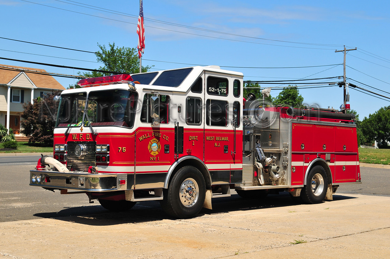 WALL TWP, NJ (WEST BELMAR) ENGINE 52-1-75 - 1993 KME 1500/750