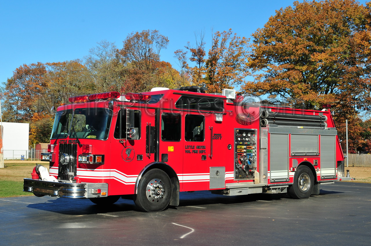 LITTLE SILVER ENGINE 23-77 - 1996 SUTPHEN 1500/750/40
