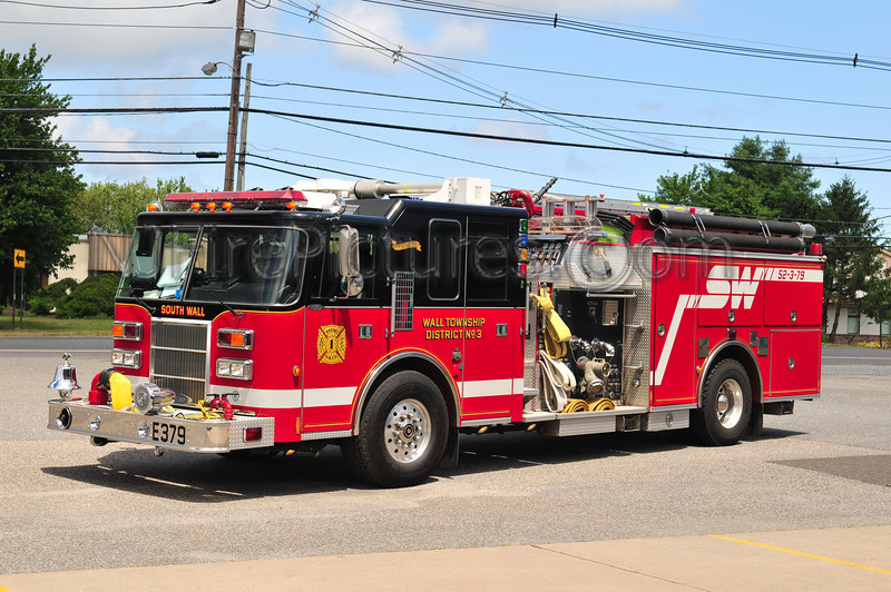 SOUTH WALL TWP, NJ ENGINE 52-3-79 - 1998 PIERCE DASH 200/750/30/30