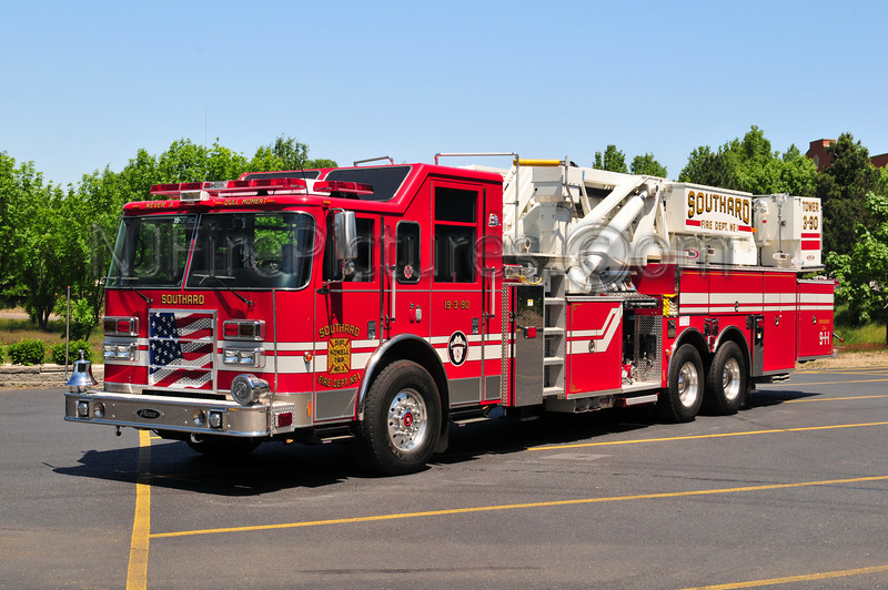 Howell Twp (Southard FC) Tower 19-3-90 - 2005 Pierce Dash 2000/300/100'