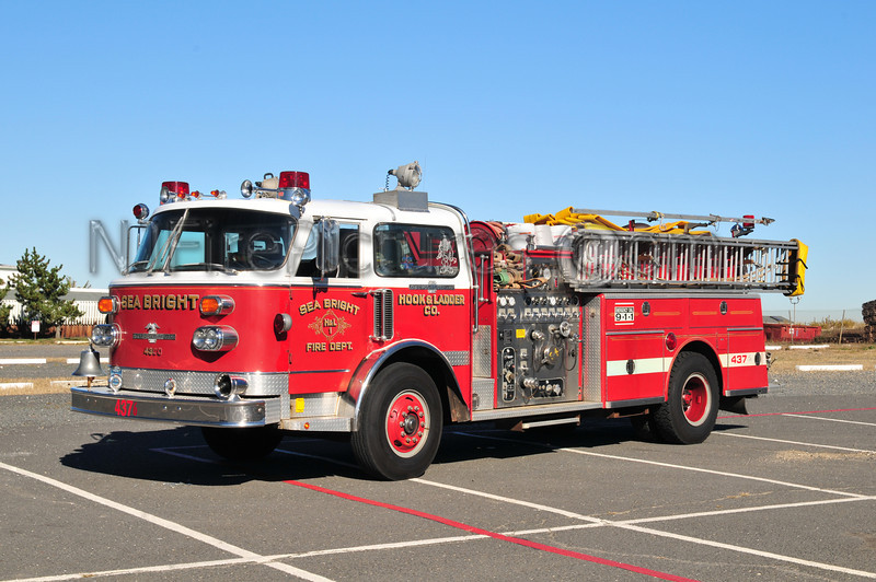 SEA BRIGHT ENGINE 43-76 - 1981 AMERICAN LAFRANCE (EX WATERCHIEF) 1500/500
