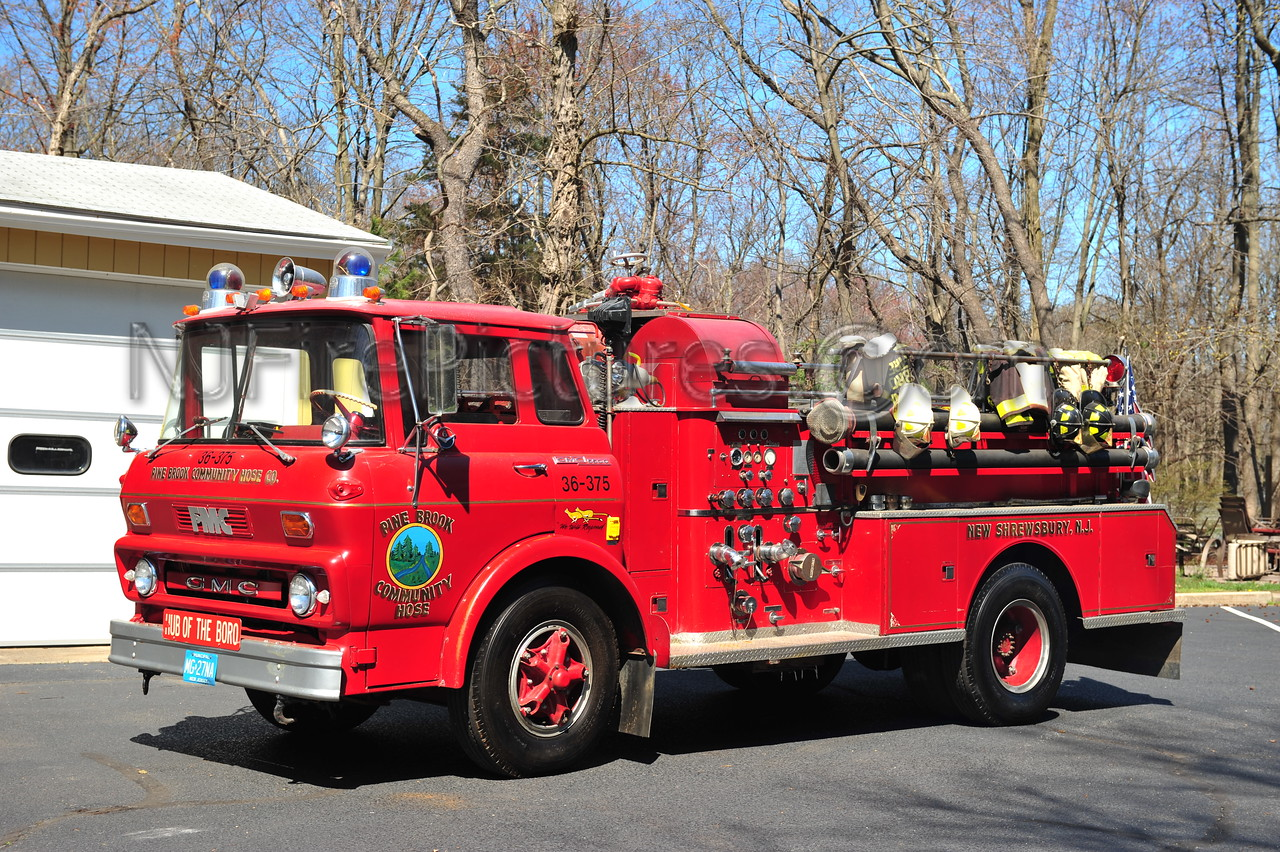 TINTON FALLS (PINE BROOK COMMUNITY FC) ENGINE 36-375 - 1965 GMC 5500/FMC 750/500