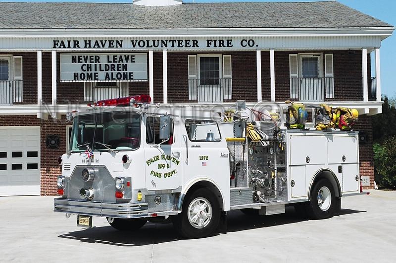 FAIR HAVEN - ENGINE 1372 - 1976 MACK CF/PIERCE 1250/500