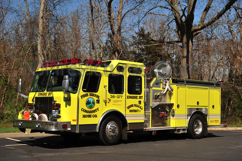 TINTON FALLS, NJ ENGINE 36-3-77 - 1999 EMERGENCY ONE 1500/750