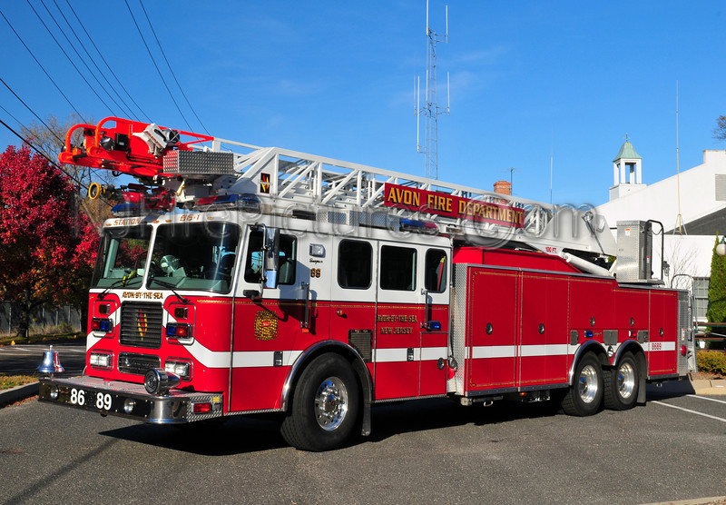 AVON BY THE SEA LADDER 86-89 - 2005 SEAGRAVE 100'