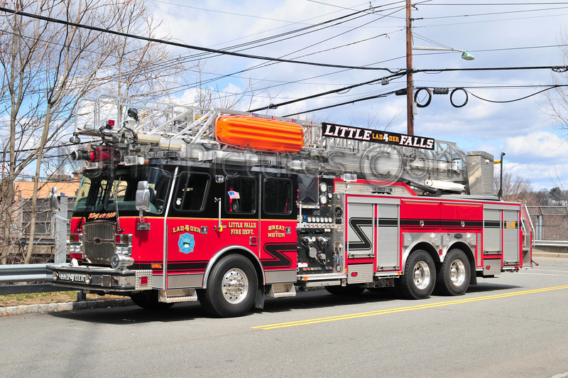 LITTLE FALLS, NJ LADDER 4