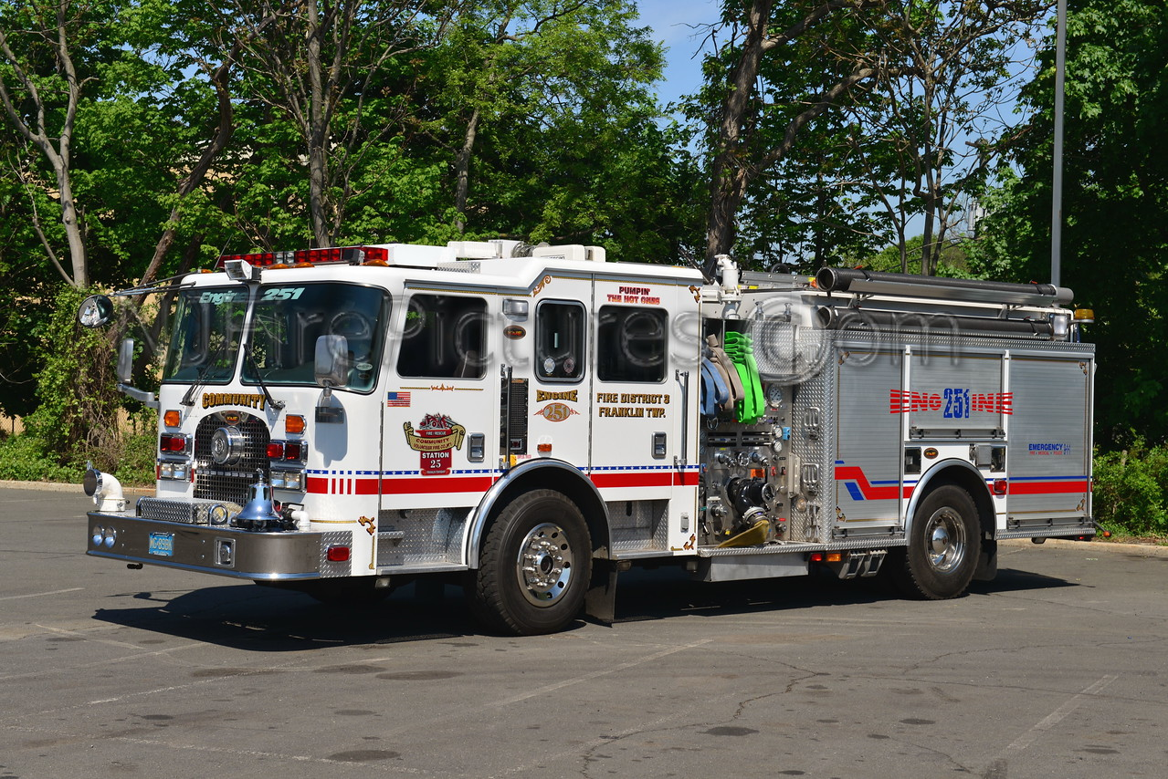 FRANKLIN TWP, NJ COMMUNITY FIRE CO. ENGINE 251