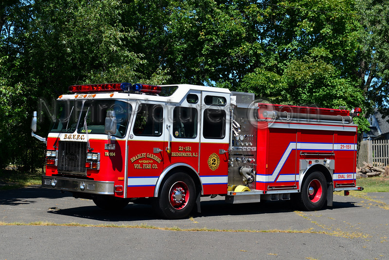 BRIDGEWATER, NJ (BRADLEY GARDENS) ENGINE 21-1